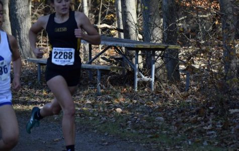 Senior Jacqueline Lulaj in her record-breaking 5000m run on Saturday, November 2nd.