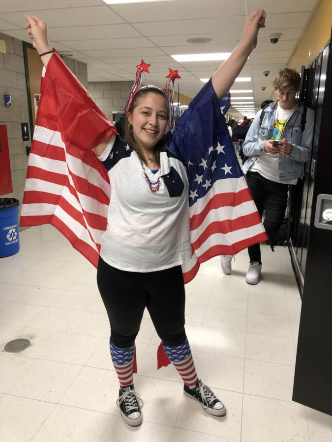 Senior+Victoria+Raspe+poses+in+a+particularly+patriotic+costume.